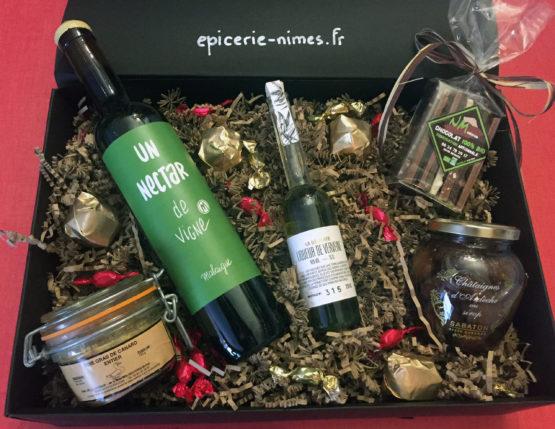 panier-gourmand-cadeau-noel-epicerie de nimes foie gras du Tarn et liqueurs